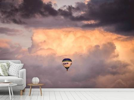 Photo Wallpaper A hot air balloon in the clouds