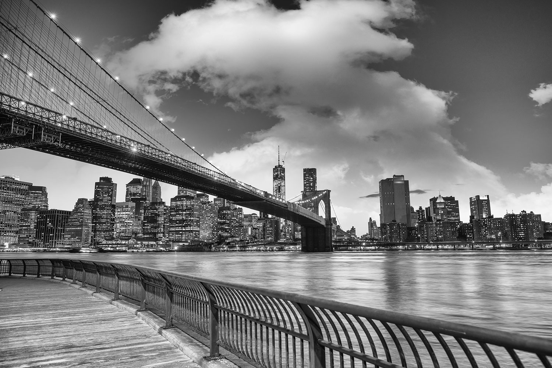 Fototapete Skyline Schwarzweissfotografie Brooklyn Bridge NY