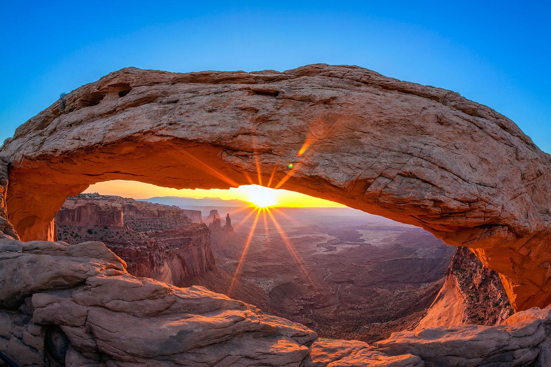 Fototapete Sonnenuntergang am Mesa Arch